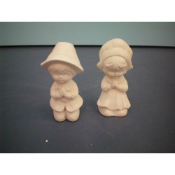 Pilgrims Praying  (set of 2)