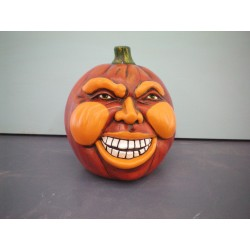 Pumpkin-with-Teeth