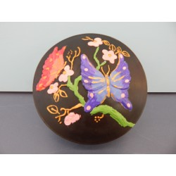 round-butterfly-box