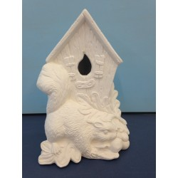 squirrel-birdhouse