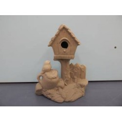 birdhouse-watering-can-and-fence
