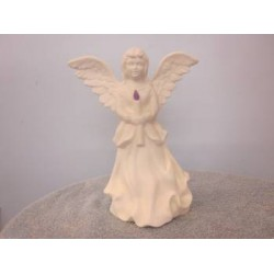 angel-with-candle